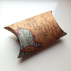 Cardboard tube gift box, toilet roll tube gift box, TP roll gift box, toilet paper tube crafts, cardboard tube crafts, world map gift box, world map craft