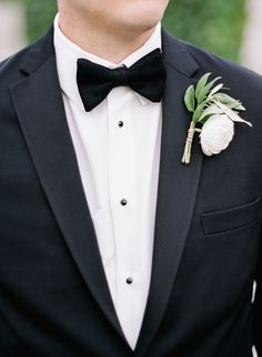 Elegant Seaside Wedding at Belle Mer - groom in tux Ranunculus Boutonniere, Groom Boutonniere, Boutonnieres, Seaside Wedding, Nautical Wedding, Vintage Nautical, Groom And Groomsmen Looks, White Ranunculus, Corsage Wedding