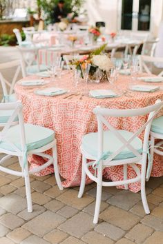 La Tavola Fine Linen Rental: Flow Hollyhock with Tuscany Summer Mint Napkins and Chair Cushions | Photography: Megan Clouse Photography, Event: Love Tour at Ramekins