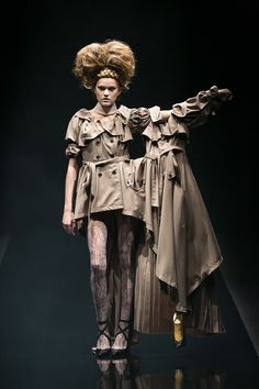 [No.14/63] alice auaa 2013春夏コレクション | Fashionsnap.com Spring/Summer 2013