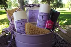 Pamper your feet with this Feet Pampering Pail from Mizz Kim's Creations