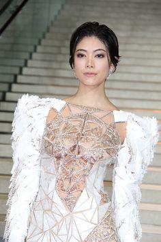 Beautiful Asian Women, Beautiful Models, Girl Korea, Japanese Sexy, Stylish Girl Pic, Hollywood Fashion, Sexy Asian Girls, Sexy Dresses, Beauty Women