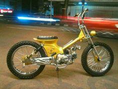 Honda 90, C90 Honda, Motos Honda, Concept Motorcycles, Honda Motorcycles, Cars And Motorcycles, Custom Moped, Custom Bikes, Bobber Motorcycle