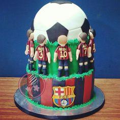 For my dad Barcelona Party, Barcelona Soccer, Fc Barcelona, Soccer Cakes, Bong, Cupcake Cakes, Cupcakes, Birthday Ideas, Birthday Cake