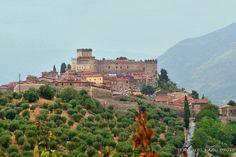 sermoneta_(lt)_-_castello_caetani_-_foto_di_g._garofoli_(09-2010).jpg (1197×800)