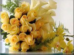 Bouquet de noiva com rosas, callas e orquídeas. / Bridal bouquet with roses, calla lilies and orquids. Beautiful Flowers Images, Flower Images, Flower Photos, Amazing Flowers, Beautiful Roses, Simply Beautiful, Beautiful Pictures, Yellow Flower Wallpaper, Rose Wallpaper
