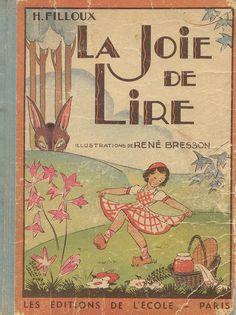 La joie de Lire/the joy of reading!lire en ligne: la nouvelle élève: http://www.fanfiction.net/s/6666074/1/La-nouvelle-%C3%A9l%C3%A8ve-ne-peut-pas-%C3%AAtre-si-jolie