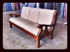 #Sofa, #divano Modello #Nebim 3 posti. Classico divano rustico. Ideale per taverne, mansarde, case in montagne o per angolo camino. Disponibile in varie tinte di legno standard e a campione.# madeinitaly
