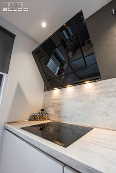 Bathroom Lighting, Kitchen Design, Bathtub, Design Inspiration, Mirror, Studio, Furniture, Home Decor, Houses