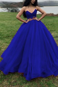 Sweetheart Long Prom Dresses Quinceanera Dresses - royal blue prom dress long ball gown prom dresses Source by - Royal Blue Prom Dresses, Blue Ball Gowns, Quince Dresses, Ball Gowns Prom, Blue Wedding Dresses, Ball Dresses, Gown Wedding, Quincenera Dresses Blue, Sweet 16 Dresses Blue