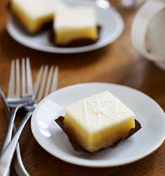Starbucks' New Lemon Sweet Square Mmmmm Starbucks #starbucks, #pinsland, #coffee, https://apps.facebook.com/yangutu