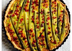 Spárgás Quiche Lorraine recept foto Quiche Lorraine, Zucchini, Meals, Vegetables, Food, Meal, Vegetable Recipes, Eten, Veggie Food