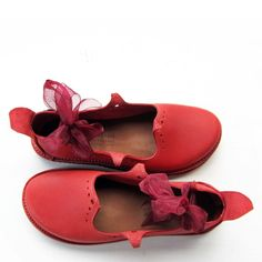 HOLLY Round, Poppy Red via FAIRYSTEPS. Shoes. Accessories.