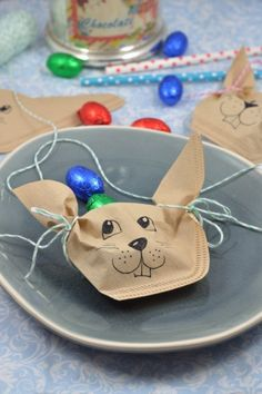 {Easter crafts with children} Simple DIY ideas with rabbits and chickens – little. {Easter crafts with children} Simple DIY ideas with rabbits and chickens – little. Kids Crafts, Easter Crafts, Crafts To Sell, Diy And Crafts, Summer Crafts, Fall Crafts, Christmas Crafts, Happy Easter, Easter Bunny