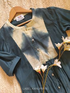 Cotton Tops For Jeans, Shibori Fabric, Formal Tops, Western Tops, Kurti Patterns, Batik Dress, Cotton Silk, Kurtis, Silk Top