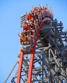 Wicked Cyclone 9-20-15 at Six Flags New England @sfnewengland @sfne_online…