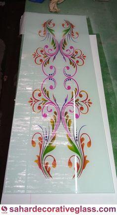 Staircase Glass Design, Window Glass Design, Frosted Glass Design, Railing Design, Glass Etching Designs, Glass Painting Designs, Paint Designs, Etched Glass Door, Interior Ceiling Design
