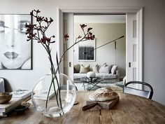 Home Remodel Before And After A perfect mixture of styles - via Coco Lapine Design.Home Remodel Before And After A perfect mixture of styles - via Coco Lapine Design Living Room Designs, Living Room Decor, Living Rooms, Earthy Home, Interior Design Inspiration, Inspiration Boards, Design Ideas, Decoration, Home And Living