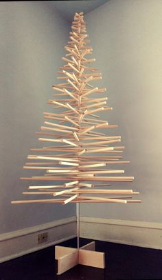 Will arrive in Jan--Spiral Wood Christmas Tree/ Modern Minimalist Christmas Tree Minimalist Christmas Tree, Christmas Tree Storage, Traditional Christmas Tree, Unique Christmas Trees, Alternative Christmas Tree, Ribbon On Christmas Tree, Xmas Tree, Christmas Tree Decorations, Christmas Diy