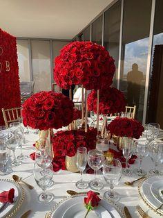 Red Wedding Receptions, Red Wedding Decorations, Quince Decorations, Quinceanera Decorations, Wedding Table, Red Wedding Centerpieces, Wedding Ideas, Red Rose Wedding, Wedding Colors
