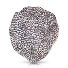 Fabergé Love Rose Petal Brooch – features 732 stones, including round blue, pink, and violet diamonds round white diamonds and round moonstones Famous Jewelers, Faberge Jewelry, Russian Jewelry, Diamond Brooch, Love Rose, High Jewelry, Jewellery, Carat Gold, Rose Petals
