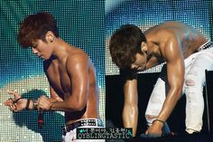 Jonghyun…. those biceps….(0_0)