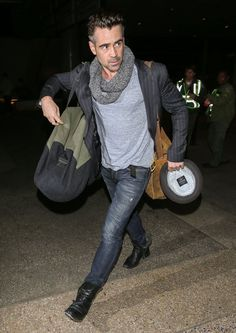 Colin Farrell Photos - 'True Detective' actor Colin Farrell is seen arriving on a flight at LAX airport in Los Angeles, California on December 21, 2015. - Colin Farrell Arriving On A Flight At LAX