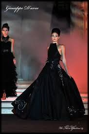 Risultati immagini per giuseppe d'urso stilista Ball Gowns, Couture, Formal Dresses, Fashion, Ballroom Gowns, Dresses For Formal, Moda, Ball Gown Dresses, Fashion Styles