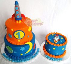 Outer space 1st birthday and smash cake - Made by Sweet Dreams Bakery -Tennessee