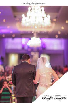 Faça seu casamento no Buffet Tulipas, um momento tão especial precisa do melhor para ser inesquecível!  (11) 2076-9919  www.buffettulipas.com.br