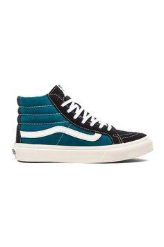 Vans SK8-Hi Slim Sneaker en Blue Coral  3f4ade06230