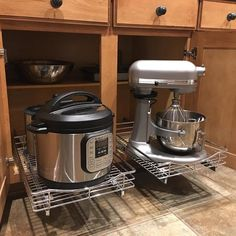 "Find out additional details on ""Outdoor Kitchen Appliances pictures"". Look at our web site. Kitchen Appliance Storage, Kitchen Cabinet Storage, Modern Kitchen Cabinets, Kitchen Redo, Kitchen Pantry, Home Decor Kitchen, Kitchen Organization, New Kitchen, Home Kitchens"
