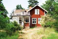 Summer house in Sweden. My future house *-* Swedish Cottage, Red Cottage, Swedish Farmhouse, Future House, My House, Sweden House, Red Houses, Scandinavian Home, My Dream Home