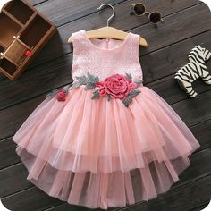 Lace, Floral and Tulle New Baby Dress, Baby Girl Party Dresses, Baby Frocks Designs, Kids Frocks Design, Cute Dresses, Girls Dresses, Dress Anak, Baby Dress Patterns, Skirts For Kids