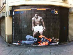 Rue Saint Denis in Paris Street Fighter vs Muhammad Ali street art