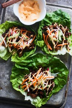 Pin for Later: Asian Dinners That a Busy Beginner Cook Can Master Banh Mi Lettuce Wraps Get the recipe: banh mi lettuce wraps Pork Recipes, Asian Recipes, Cooking Recipes, Healthy Recipes, Ethnic Recipes, Sriracha Recipes, Meal Recipes, Healthy Meals, Dinner Recipes