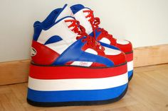 90s Blue white and red Buffalo Tower platform by ShopShesmovedon /// www.art-by-ken.com