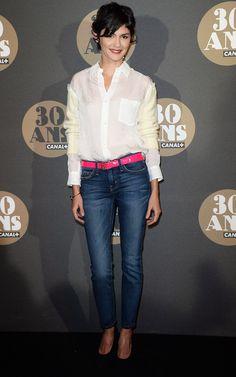 8fb257e0ac30c Audrey Tautou porte une chemise blanche et un jean fuselé Style  Vestimentaire Femme, Habits Femme