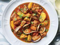 Clam Recipes, Pork Recipes, Wine Recipes, Seafood Recipes, Cooking Recipes, Chowder Recipes, Healthy Recipes, Boneless Pork Shoulder, Gastronomia
