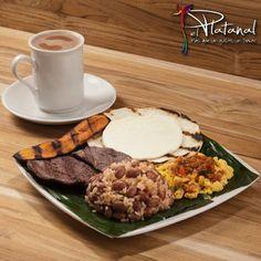 Y para comenzar el día de la mejor manera, te recomendamos el ´Calentao #ElPlatanal`, un desayuno tradicional antioqueño que te llenará de energía