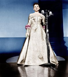 Jean Louis, Judy Garland in A star is Born directed by George Cukor, 1954