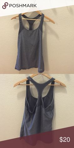 Under Armour tank top EUC fitted style Under Armour Tops Tank Tops