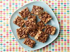 Peanut Butter, Chocolate and Pretzel Cereal Treats : These crunchy, sweet-and-salty treats have everything going for them: peanut butter, chocolate, coconut and pretzels. Cereal Recipes, Cookie Recipes, Snack Recipes, Dessert Recipes, Desserts, Cereal Treats, Cereal Food, Paleo Cereal, Quinoa Cereal