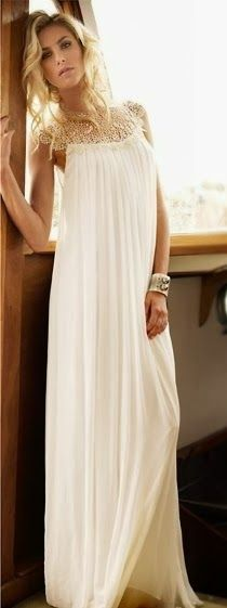 Long sleeveless dress fashion inspiration for ladies.