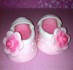 Girl Baby Shoes Fondant Gum Paste BabyShower Baby by Demicakes Baby Cakes, Cupcake Cakes, Cupcakes, Baby Girl Birthday Cake, Birthday Cakes, Cute Baby Shoes, Baby Girl Shoes, Fondant Baby Shoes, Mom Cake