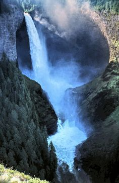 Helmcken Falls at Wells Gray Provincial Park near Clearwater in British Columbia, Canada •