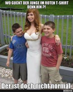 Wo guckt der Junge im roten T-shirt denn hin?! | Lustige Bilder, Sprüche, Witze, echt lustig