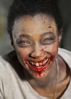 Sonequa Martin-Green behind the scenes of The Walking Dead Season 7 Episode 16 | The First Day of the Rest of Your Life
