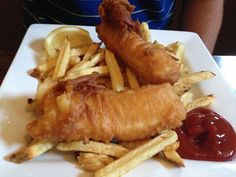 halibut-and-chips at the Glacier Inn http://ghostbearphotography.com/hyder-alaska/