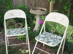 A Few Pennies: Vintage Metal Folding Chairs